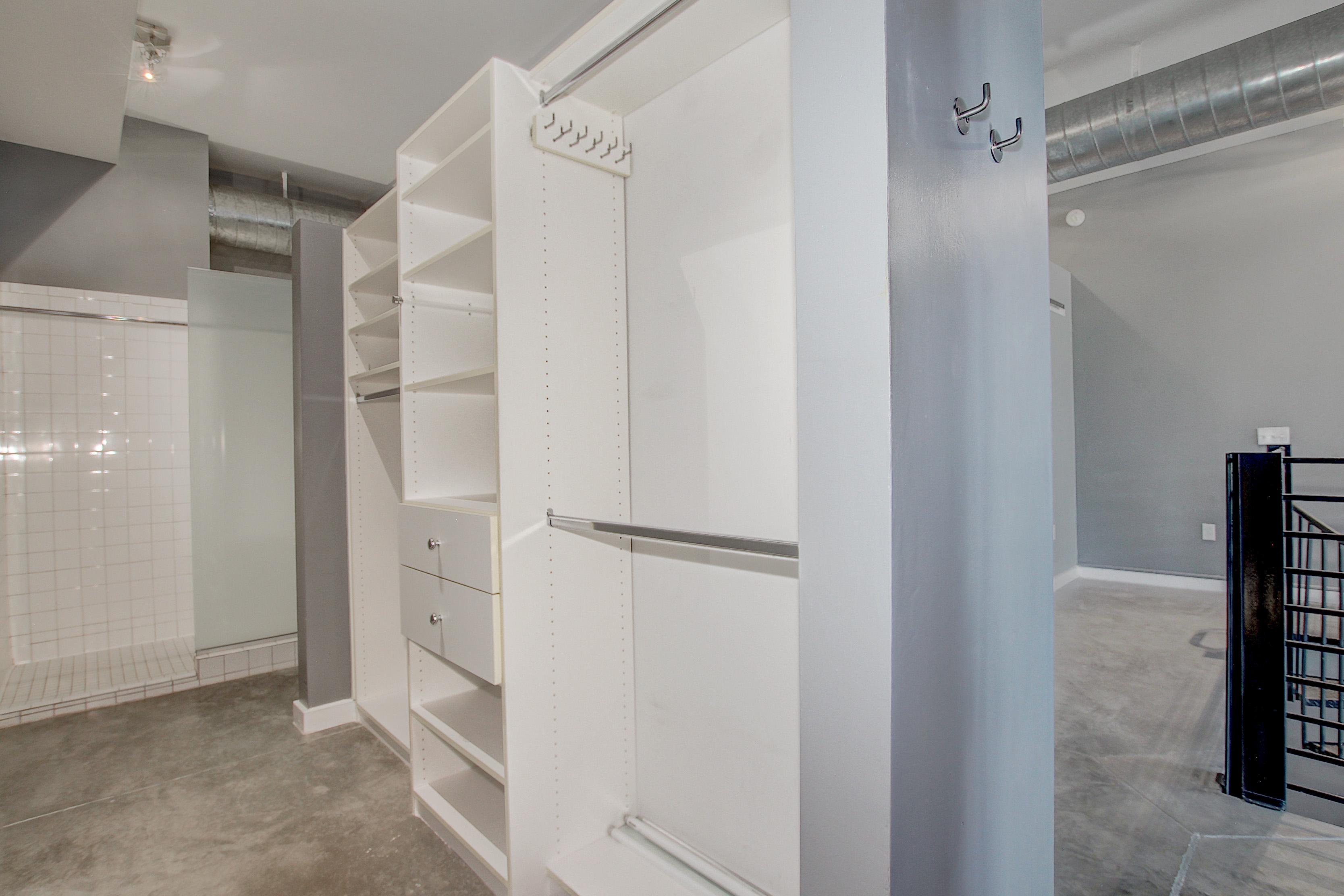 10-Custom-closet